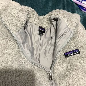 light grey patagonia jacket